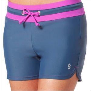 Free country swim shorts size M NWT